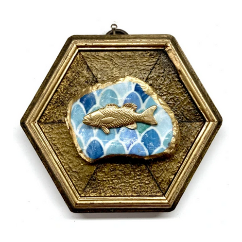 #10621 Gilt Frame w/Fish on Oyster Shell