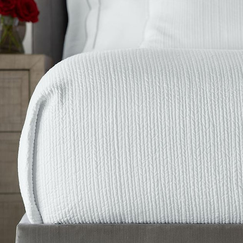 #12162 Channel Quilted Queen Coverlet