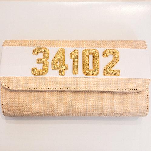 #19976 34102 Straw White Clutch