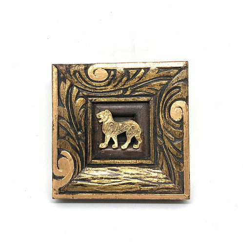 #11422 Gilt Frame w/Cat Brooch