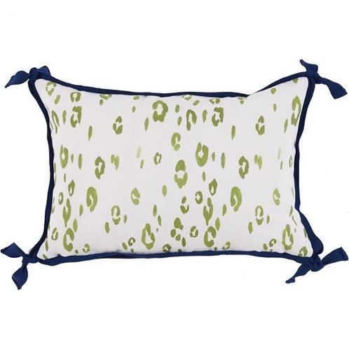 #10370 Leopard Ginko Pillow