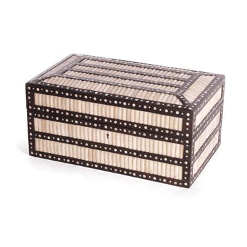#8141 Decorators Box