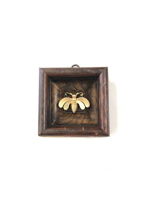 #9844 Wooden Frame with Deco Bee