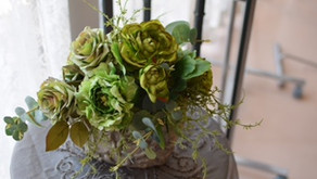 大輪なグリーンバラのアレンジメント
