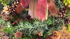 NFDフラワーデザイナー講師研究科コース「Xmasリース」先週はクリスマスアレンジを受講され今回も生の針葉樹を使って「Xmasリース」作りに参加なさった「さとこさん」の作品を紹介したいと思います。