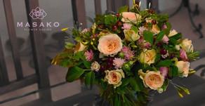 NFDフラワーデザイナー講師取得コース ナイトレッスン作品「モダン装飾的花束」