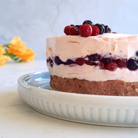 Торта с маскарпоне и боровинки