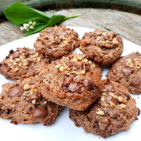 Бананови бисквити с орехи и шоколад