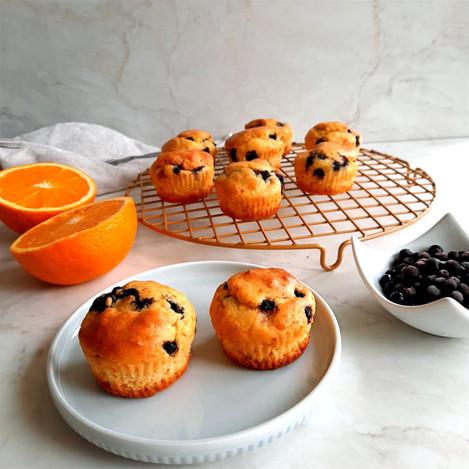 Портокалови мъфини с боровинки
