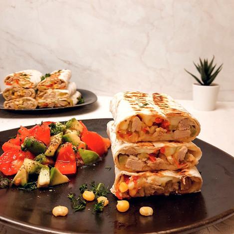 Тортила със свинско и зеленчуци