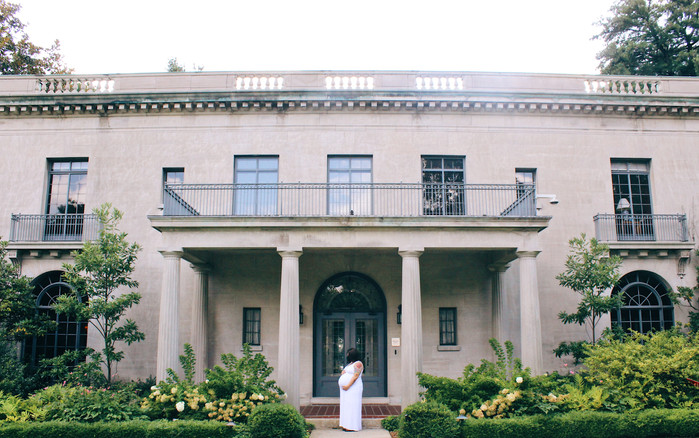 Van Vleck House and Gardens: Maternity Session