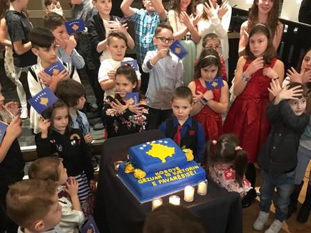 Kosova 10 vjet shtet - Shqiptarët festuan në Calgary