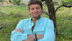 Stefan Volery, cet ancien grand nageur est à l'écoute des gens et les aide