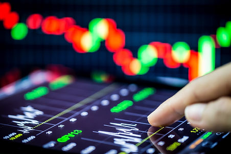 stock analyzing.jpg