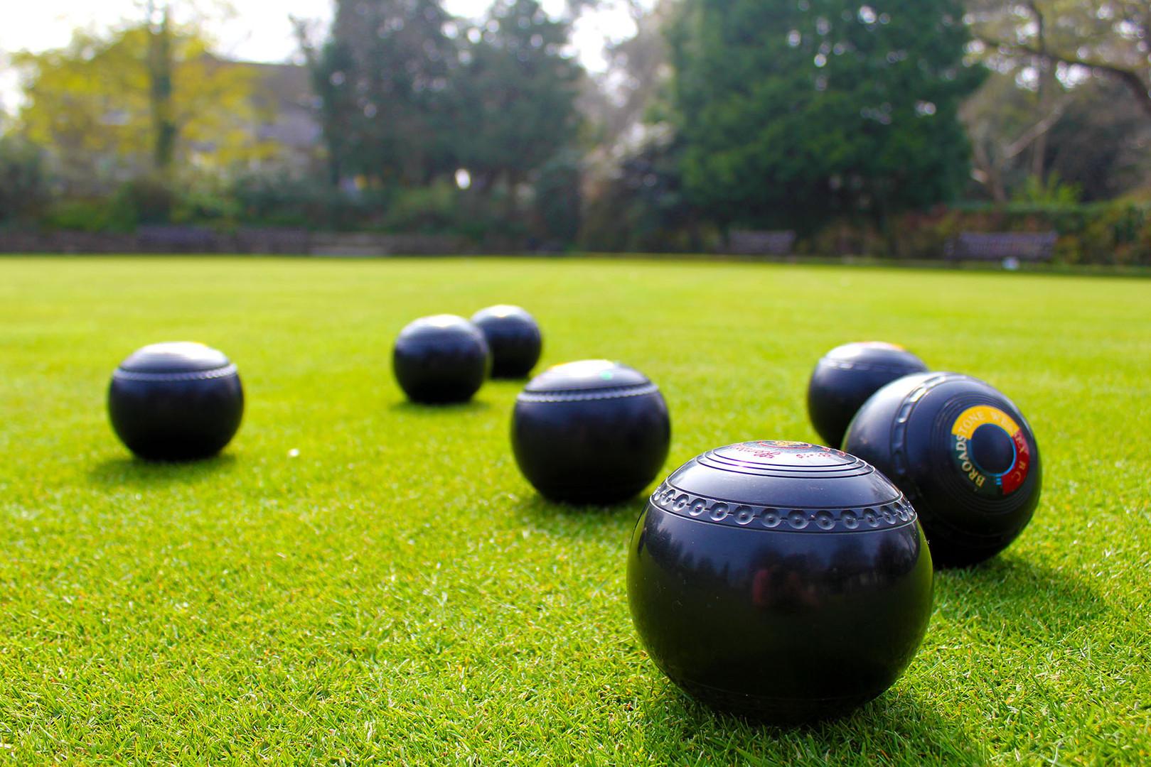 Bowls 01 72dpi.jpg