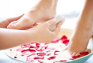 pedicure-for-tired-and-neglected-feet-7P