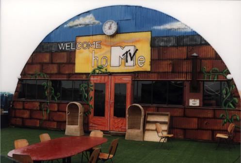 MTV BRAND POP-UP BEACH HOUSE
