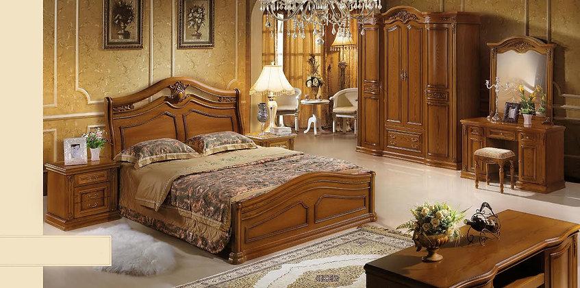 Classic Oak Bedroom