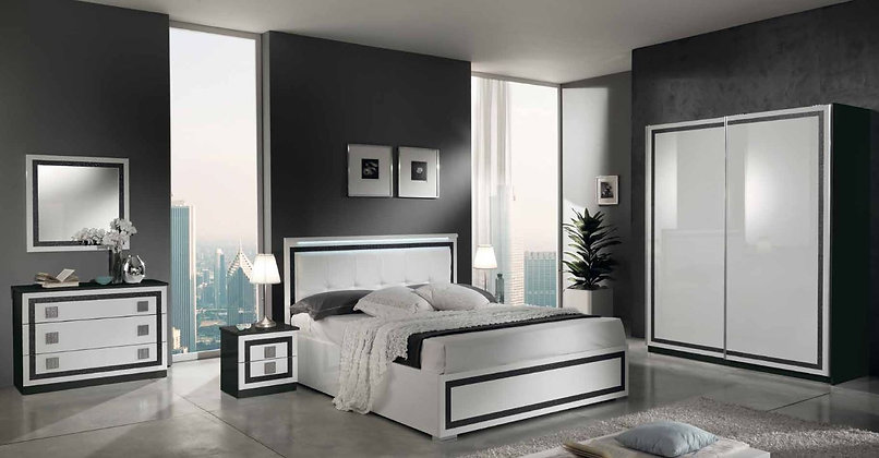 Oscar - Main Bedroom