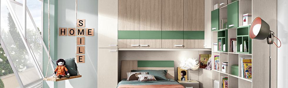 Kids Bedroom: Angle Composition