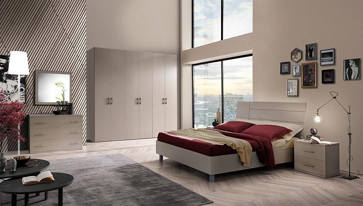 Tender - Main Bedroom
