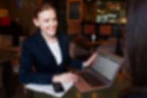 business-3560925-min.jpg
