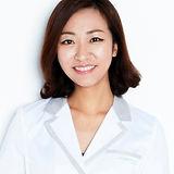 Kim%20Jiyeong(full%20shot)_edited.jpg