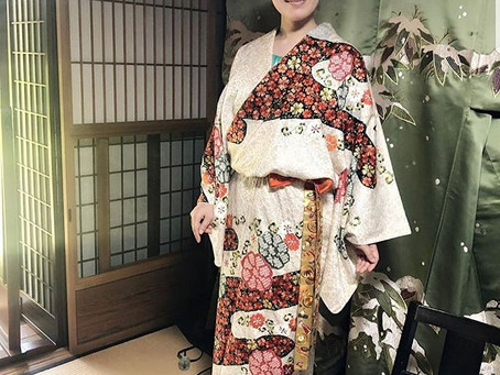 """Visited """"Nagakusa embroidery factory""""  in Kyoto."""