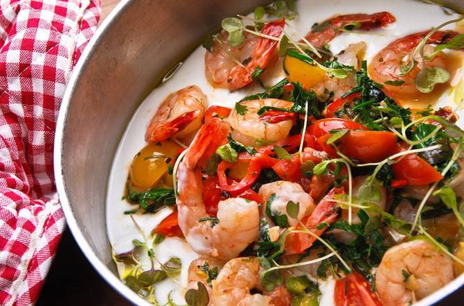 Steamed Garlic Prawns (or Shrimp)