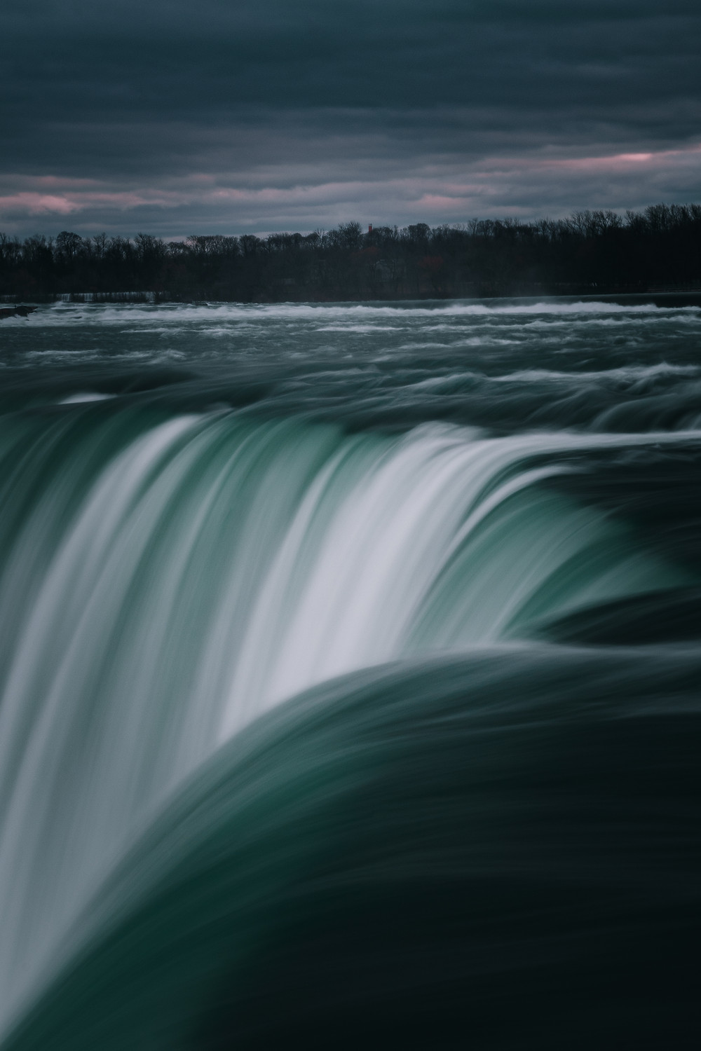 Canada's horseshoe falls photographed close up by mr Brian James.