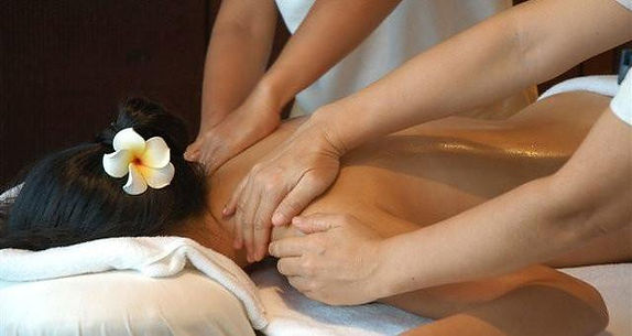 4_hands_massage_640x340_681fbd76-891e-4c