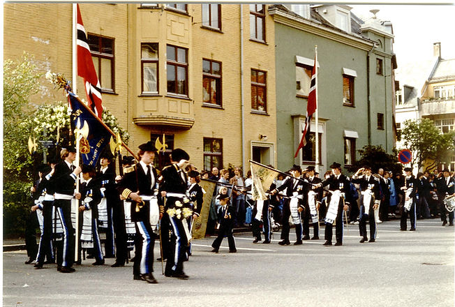 1983-006.jpg