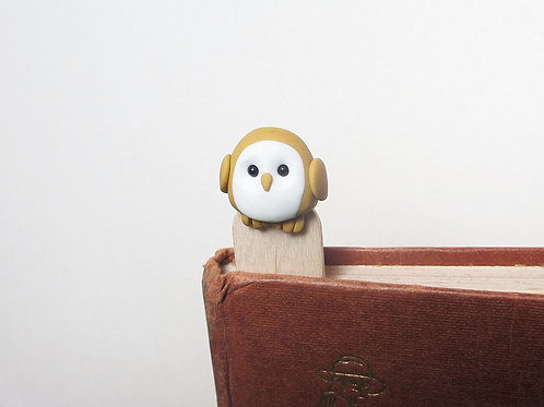 Owl bookmark front