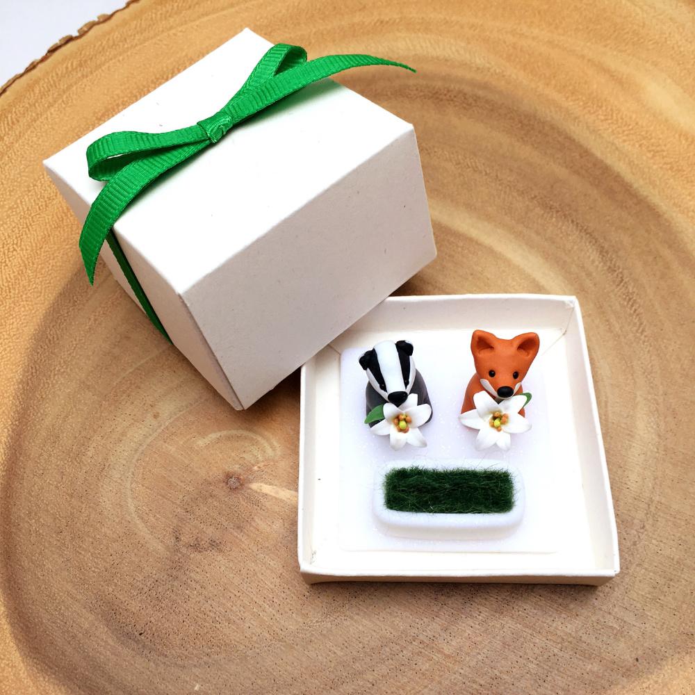 Fox and badger keepsake engagement ring box