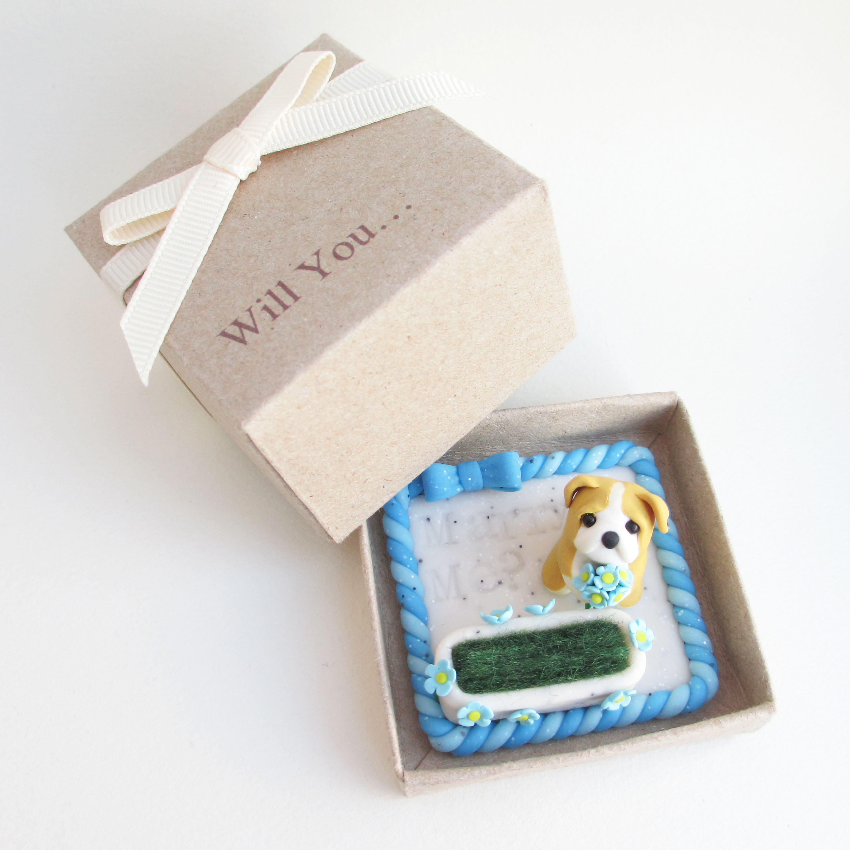 Puppy cute engagement ring box