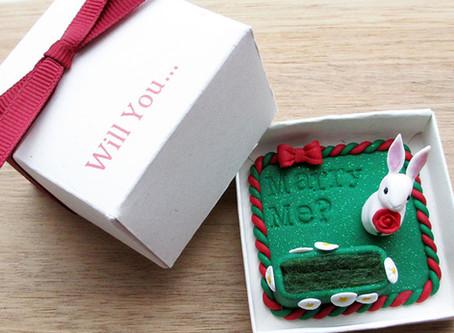 White rabbit engagement ring box