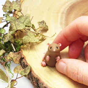 Brown rat miniature
