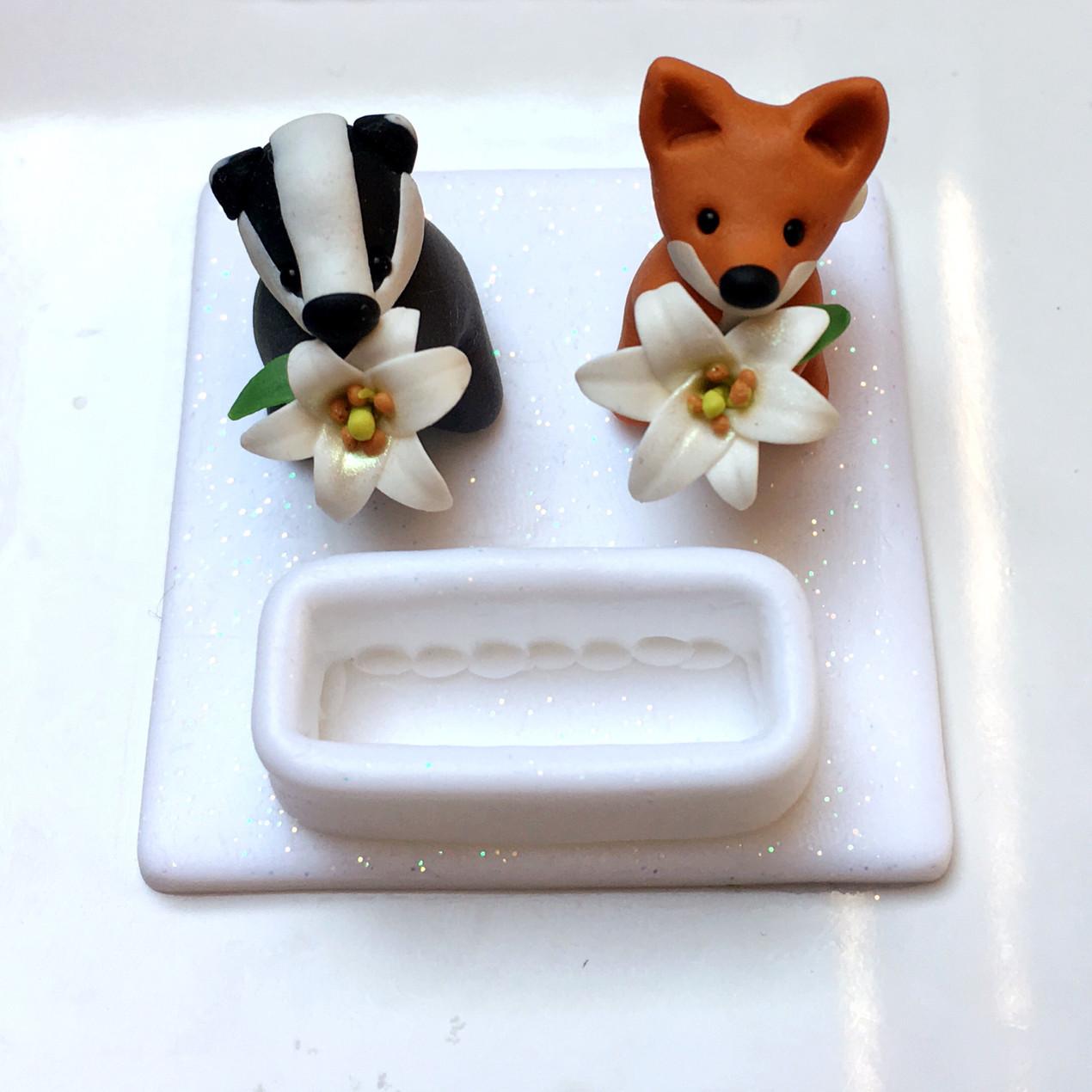 Fox and badger keepsake ring holder