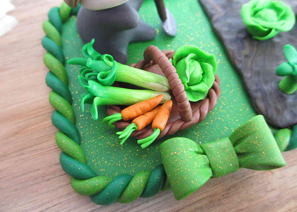 Gardening badger cake decoration