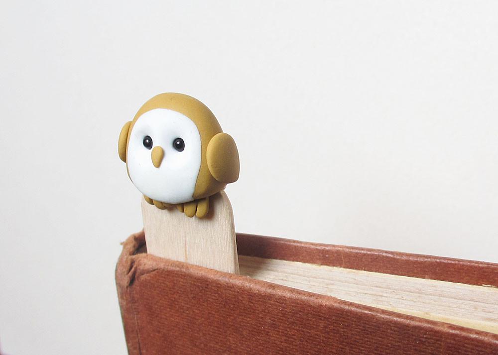 Barn owl bookmark