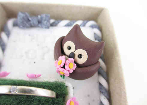 Owl ring holder