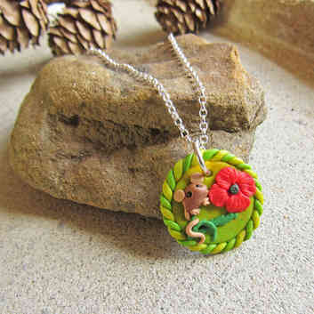 Mouse necklace with red poppy