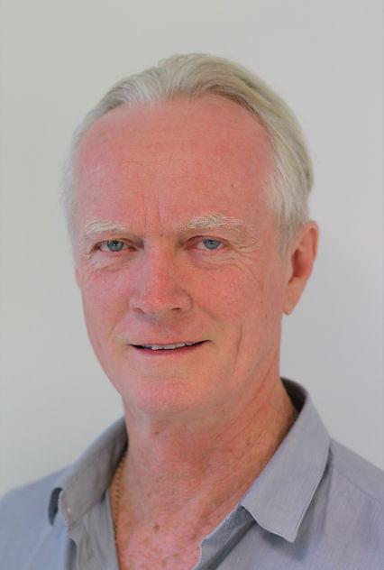 Natural Dentistry's accociate dentist Dr Ross Mackay