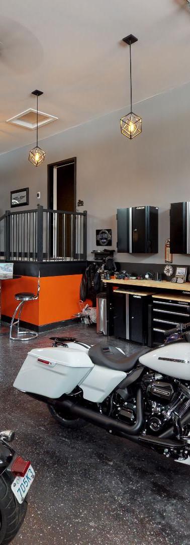 Elle-Greenmark-Builders-Garage.jpg
