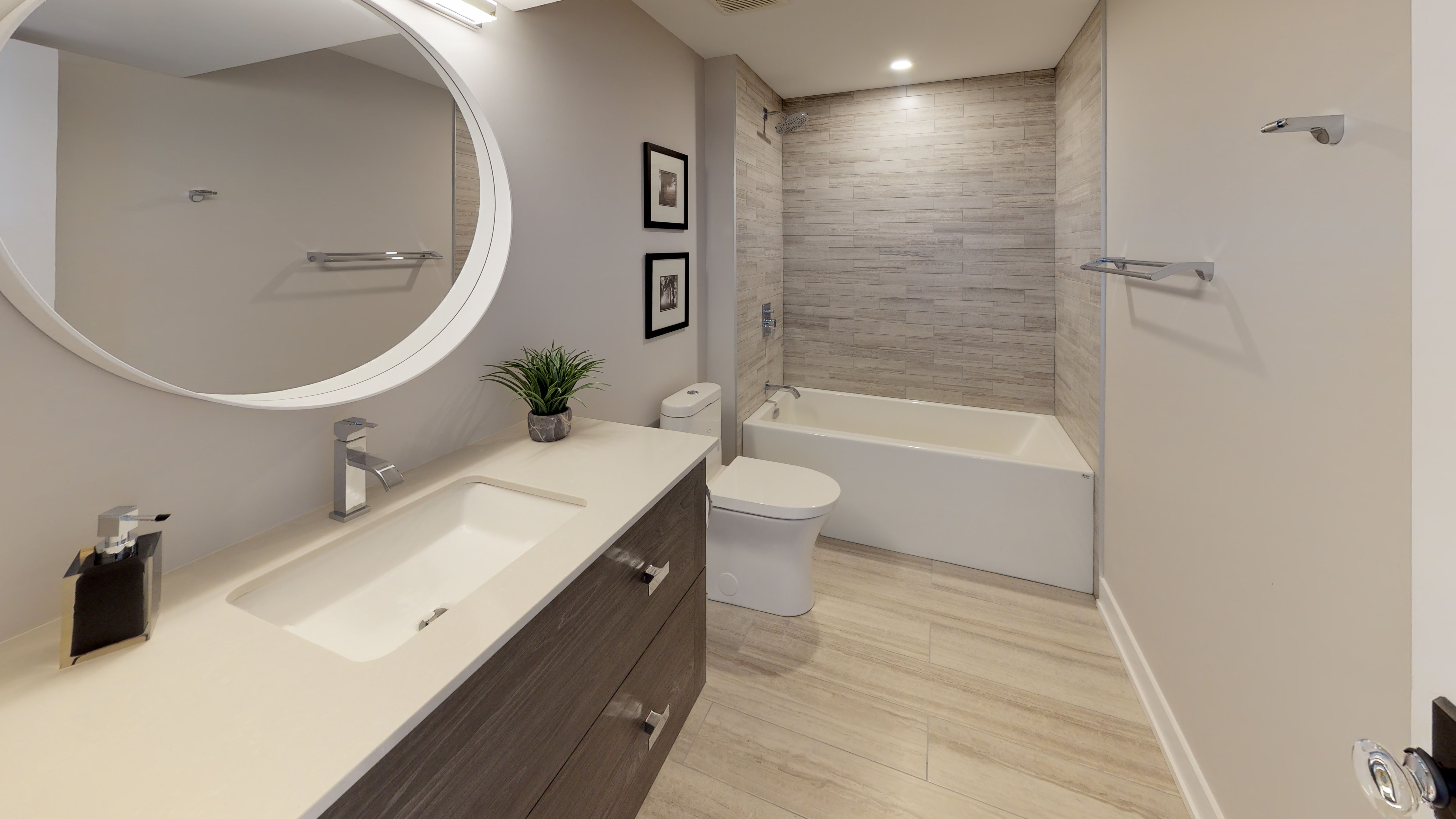 Greemark-Builders-Custom-Homes-Bathroom.