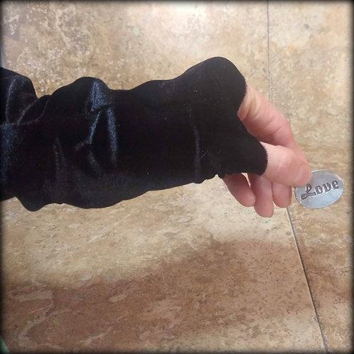 Black Fingerless Gloves in stretch Velvet