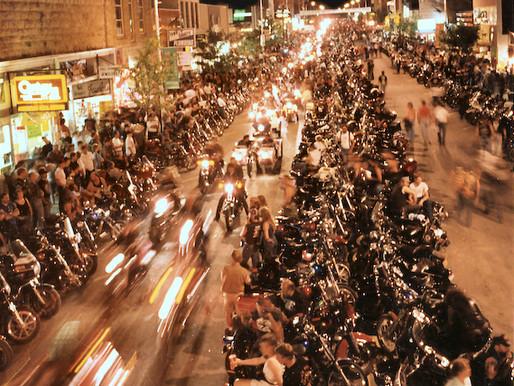 Мотоциклетное ралли в Стурджисе