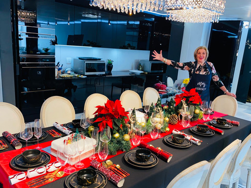 SETTING YOUR TABLE FOR CHRISTMAS