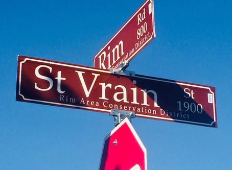 New streets signs distinguish Rim Area Neighborhood