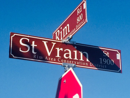 New streets signs distinguish Rim Area Neighborhood